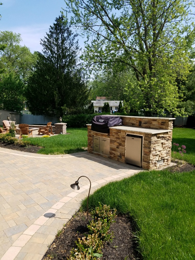 2017 brothers landscaping